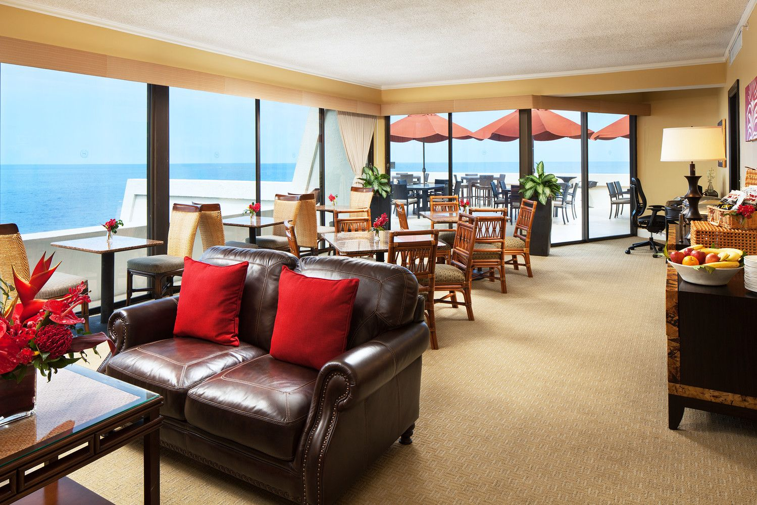 Kaiulu Sheraton Club Lounge