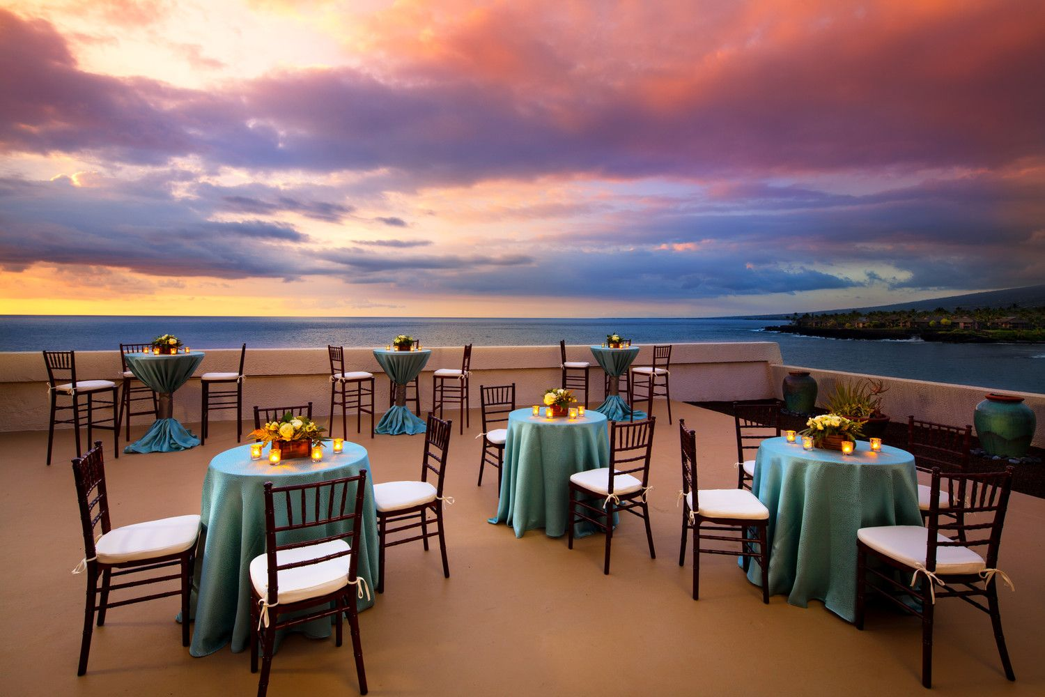 Kona Oceanfront Wedding Resorts - Deluxe Executive Suite